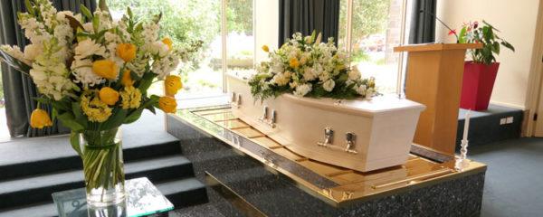 Formations funéraires en ligne